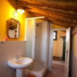 Lanciotto bathroom